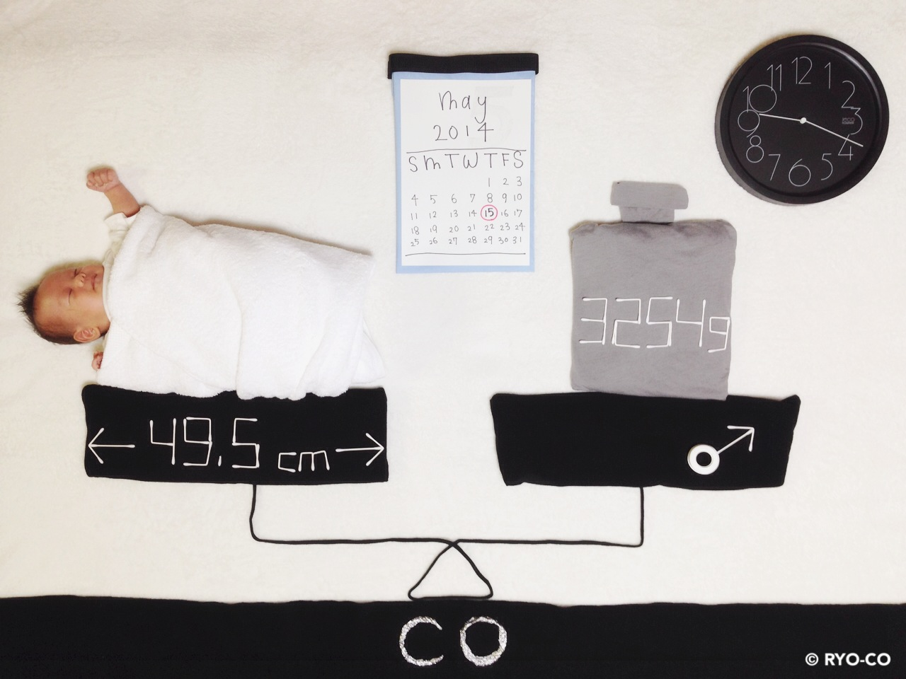 寝相アート - 1ヶ月