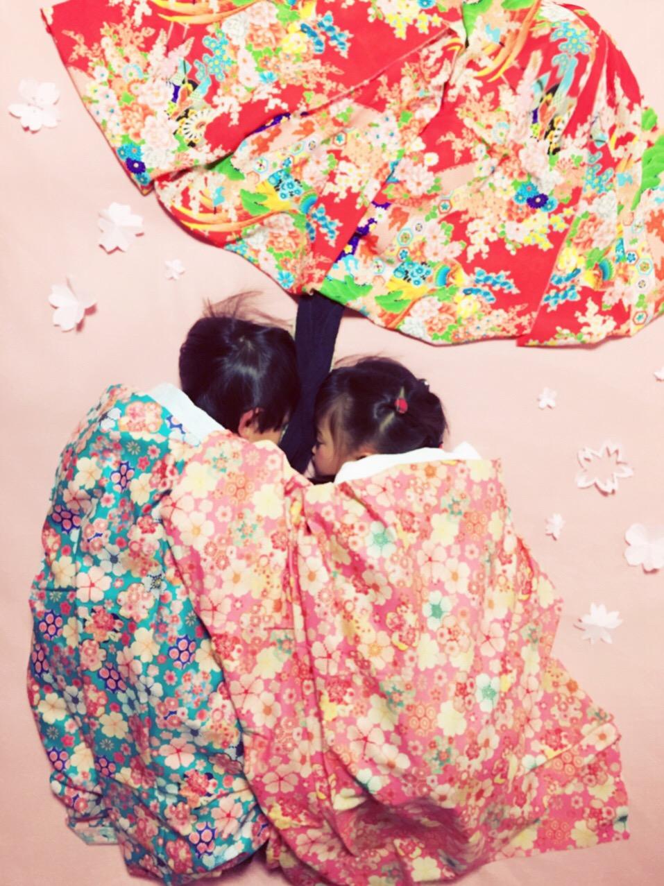 寝相アート-ひなまつり-お花見